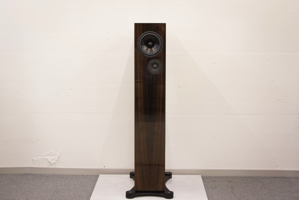 Credo EV 1202 swiss made loudspeaker